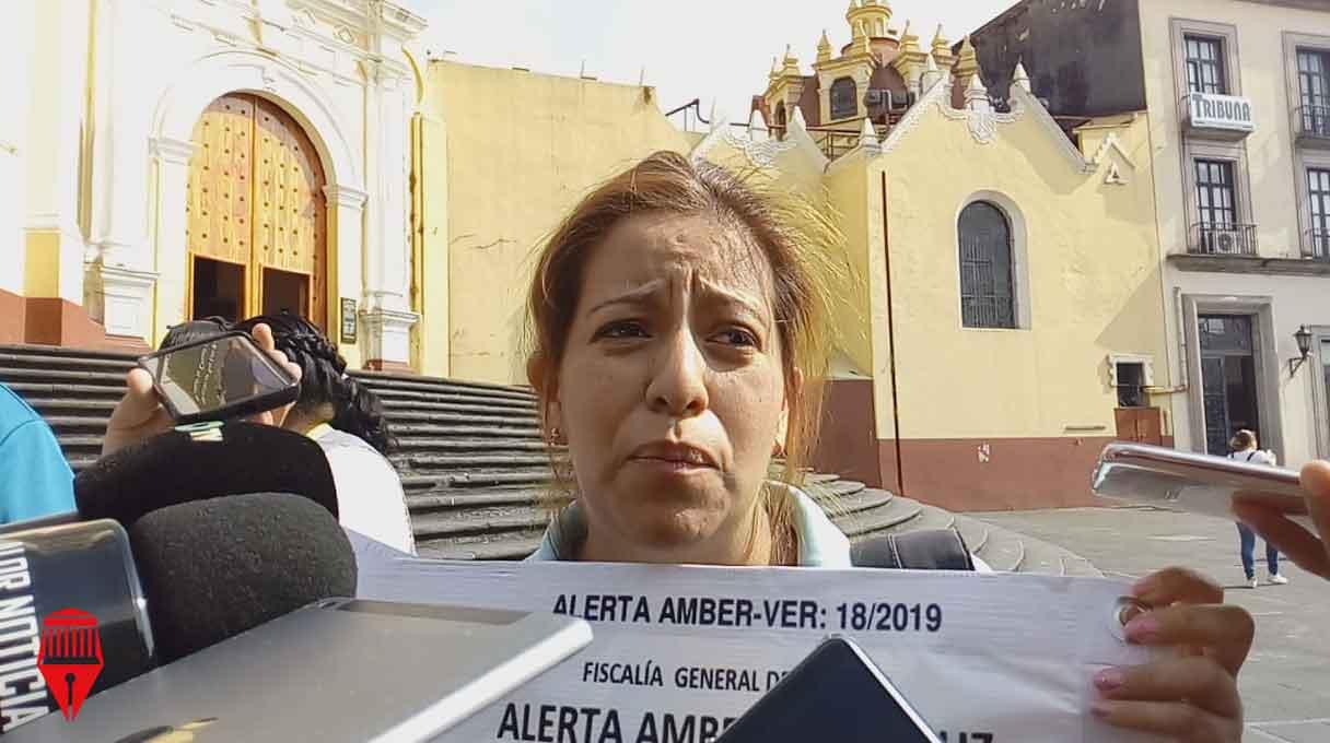 Lilian Marlene García Franco, madre de Bryan Alexis Falfán García, acudió a plaza Lerdo para exigir celeridad en la investigación por la desaparición de su hijo, desaparecido el pasado 13 de mayo.