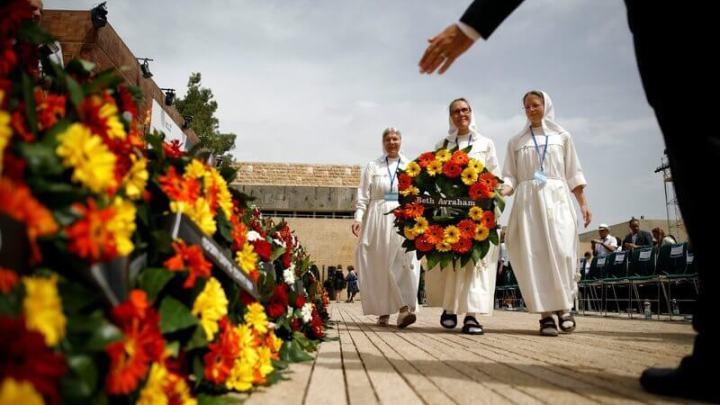 Recuerda Israel a millones de judíos asesinados en el Holocausto