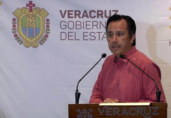 El Gobernador del Estado, Cuitláhuac García Jiménez señaló que recibió una renuncia por motivos personales de quien fungiera como director del Instituto Veracruzano del Deporte, David Fernando Pérez Medellín.
