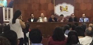 Este sábado, se realizó en la Universidad de Xalapa, la presentación del libro 'La implementación del Sistema Anticorrupción en México; Retos y Perspectivas'.