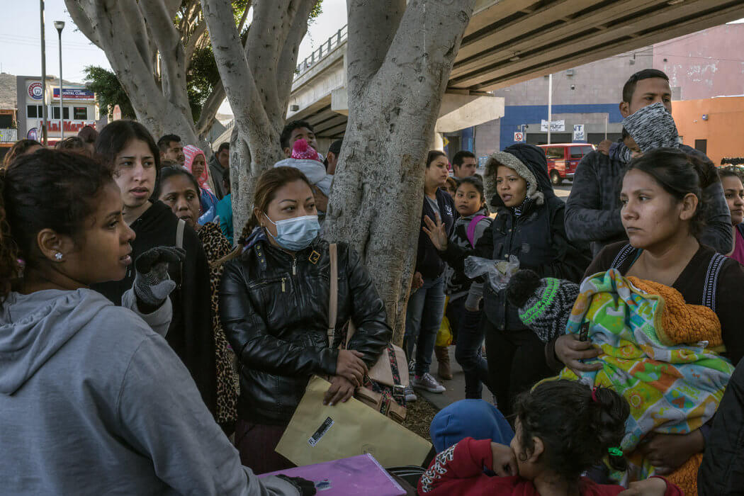 El Gobierno de Estados Unidos anunció que impedirá otorgar el asilo a los inmigrantes que no lo soliciten antes en un tercer país seguro, en un nuevo intento de reducir el flujo migratorio en la frontera con México, procedente principalmente de Centroamérica.