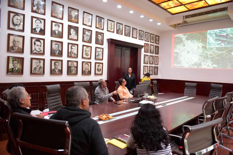 Se presentó al presidente municipal Hipólito Rodríguez Herrero una iniciativa para el rescate de la laguna de Casa Blanca, como parte del proyecto de recuperación de espacios naturales en el entorno urbano.