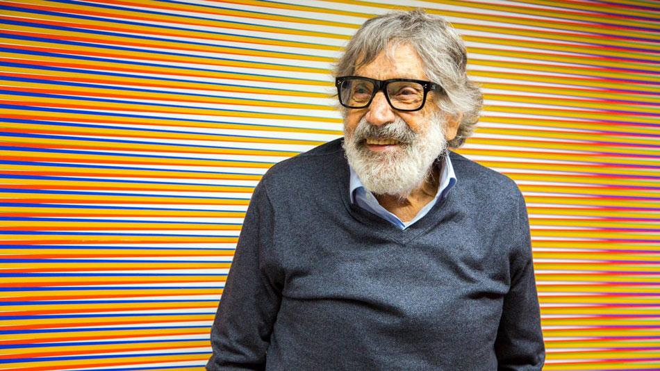 El venezolano, Carlos Cruz-Díez, uno de los principales exponentes del llamado arte cinético y óptico, falleció en Paris, a los 95 años de edad.
