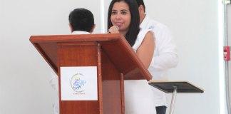 Más de 6 mil estudiantes de diversos niveles educativos contarán con espacios dignos de calidad para el desempeño de sus actividades informó la Regidora Segunda del H. Ayuntamiento de Veracruz, Ileana Ramírez Domínguez.