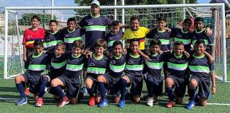 La selección de fútbol de la Liga Roberto Oropeza González, que dirige Fernando Bustamante, viajó este jueves a Córdoba en donde tomará parte de la travesía por el Campeonato Estatal de Fútbol para jugadores nacidos en el 2008 y menores.