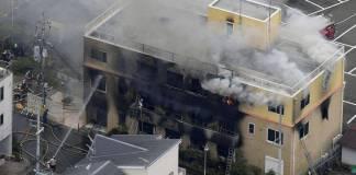Al menos 33 personas han muerto y otras 30 han resultado heridas a causa de un incendio provocado por un hombre en el interior de un estudio de animación en la localidad japonesa de Kioto.