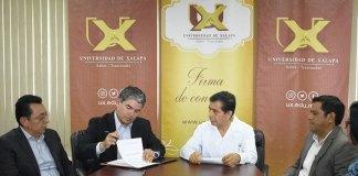 Este lunes, la Universidad de Xalapa y la Cámara Mexicana de la Industria de la Construcción (CMIC Xalapa) realizaron una importante Firma de Convenio.