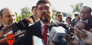 El secretario de Educación de Veracruz (SEV), Zenyazen Escobar García reconoció que no se instalaron cámaras de vigilancia en escuelas que han sufrido rotos de manera constante.