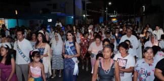 Con cinco conciertos que se llevaron a cabo en el Festival de Playa, este jueves, iniciaron las festividades en honor a Santa Ana en Boca del Río.