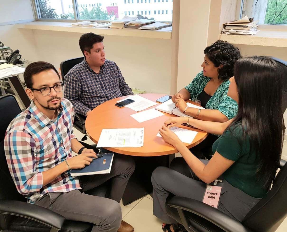 Con la finalidad de trazar líneas de trabajo conjuntas en casos de personas desaparecidas, se realizaron dos reuniones con la Encargada de despacho de la Comisión Estatal de Búsqueda, Brenda Cerón Chagoya.