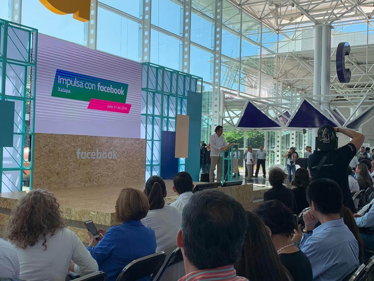 El gobernador de Veracruz, Cuitlahuác García Jiménez inauguró el evento