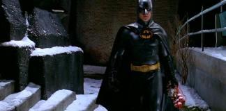 Grandes tesoros del cine y la televisión, incluidos el traje de Batman de Michael Keaton y el sable de luz de Samuel L. Jackson en Star Wars, serán subastados como parte del Entertainment Memorabilia Live Action 2019 de Europa.