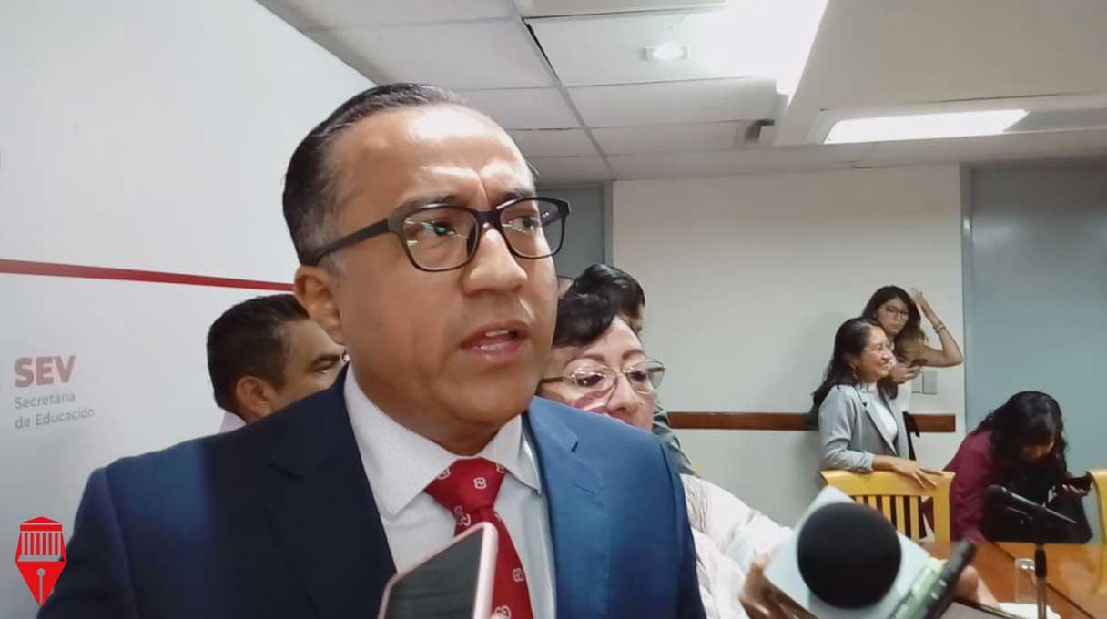 El subsecretario de Educación Media Superior y Superior, Jorge Miguel Uscanga Villalba informó que hasta el momento no tienen reporte de robo en escuelas durante las vacaciones de verano.