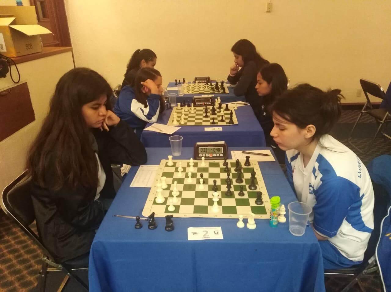 El ajedrez veracruzano continúa trascendiendo a nivel internacional, obteniendo resultados importantes actualmente, por ejemplo en la categoría amateur, Jesús Amezcua se proclamó campeón mundial, recientemente.