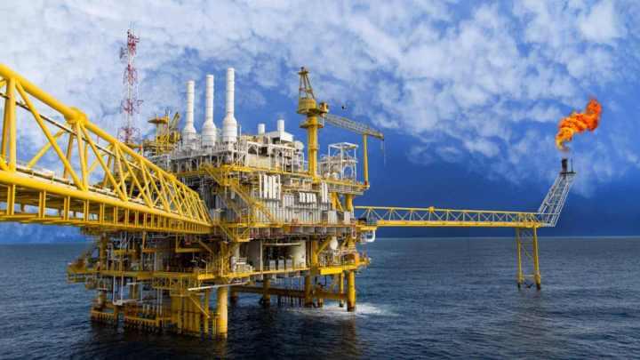 Trump autoriza liberar reservas petroleras para ayudar a aliados