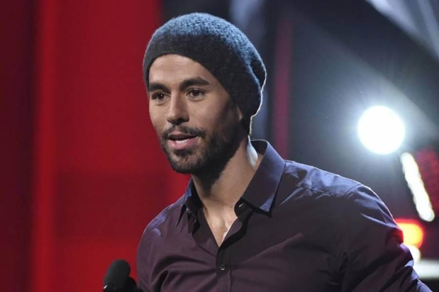 Enrique Iglesias anunció que el 4 de octubre presentará su próximo el álbum