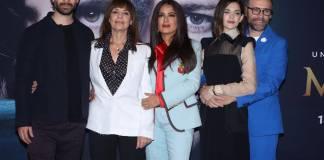 Netflix estrenará el viernes una serie original sobre una poderosa familia mexicana que se dedica al negocio del tequila, cuya producción ejecutiva está a cargo de la actriz Salma Hayek.