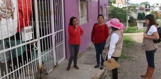 Como parte de la Semana Estatal Contra el Dengue, personal de la Secretaría de Medio Ambiente (SEDEMA) recorre Xalapa y Coatepec realizando acciones de combate al mosquito transmisor de ésta y otras enfermedades.