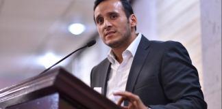 El coordinador de la bancada del Partido Acción Nacional (PAN), Sergio Hernández Hernández aseguró que los diputados panistas asistirán a la Suprema Corte de Justicia de la Nación (SCJN) para reclamar una vez más, la destitución del ex fiscal del estado, Jorge Winckler Ortiz.