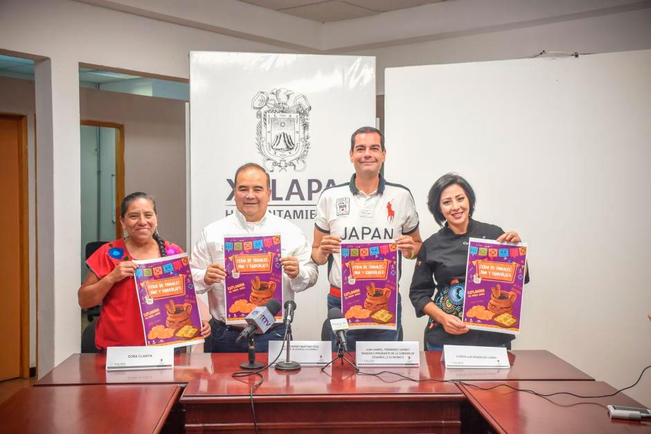 Este martes, se llevó a cabo la presentación de la Feria de tamales, pan y chocolate, a realizarse los días 30 y 31 de octubre de 09:00 a 21:00 horas, en la explanada del parque Benito Juárez, de Xalapa.