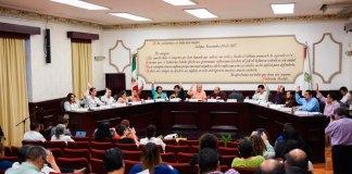 Los integrantes del Cabildo aprobaron por unanimidad la firma de dos convenios de colaboración para la donación de sillas de ruedas en beneficio de personas adultas y brindar servicios de salud a los adolescentes de la Aldea Meced.
