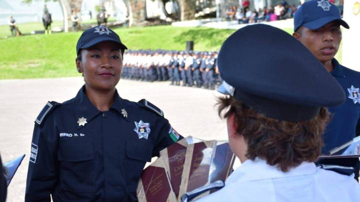 Concluye curso de capacitación para policías municipales