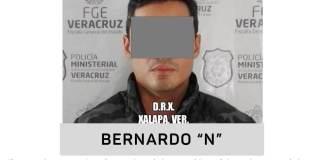 """La Fiscalía General del Estado de Veracruz (FGE) confirmó la detención de Bernardo """"N"""" por su presunta responsabilidad en los delitos de ejercicio indebido del servicio público y abuso de autoridad."""