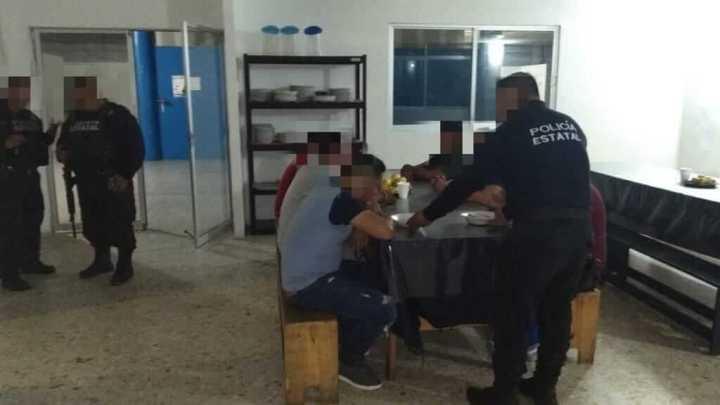 Rescatan a 15 migrantes centroamericanos