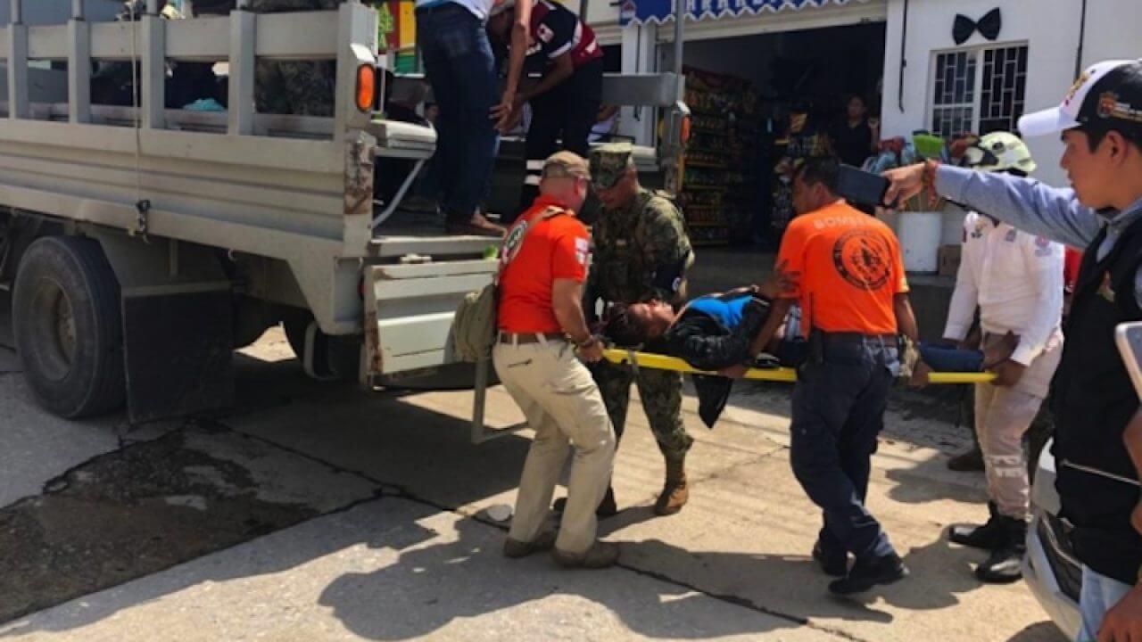 Tras la volcadura de una lancha en Tonalá Chiapas donde viajaban varios migrantes, dejó como saldo, dos muertos de origen camerunés y ocho personas rescatadas.