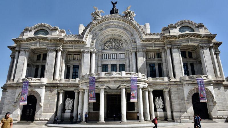 Presumen nueva red eléctrica en el Palacio de Bellas Artes