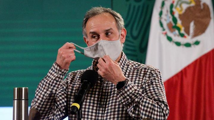Hugo López-Gatell está recibiendo oxígeno complementario tras COVID-19