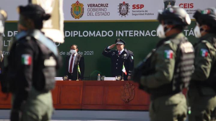 Concluye el Diplomado Internacional Táctico K9 Perros Multiproposito.