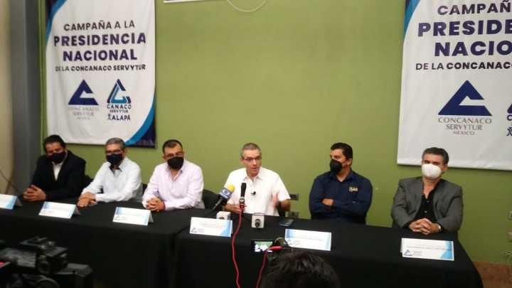 Candidato a la CONCANACO se reunió con empresarios de Xalapa