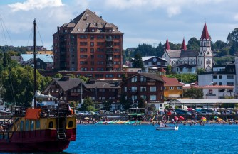 Puerto Varas with the Casino being the only highrise building.