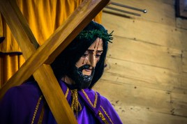 The bleeding Christ is found in all the Jesuit churches on the island. Get that man a band-aid!