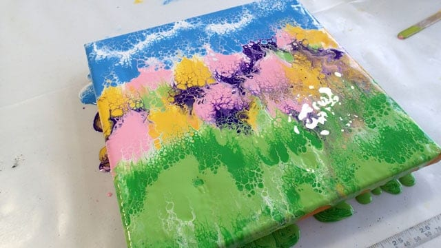 Acrylic pouring video tutorial. An easy abstract garden that even beginner painters can make. Easy painting tutorial for beginners. Acrylic pour and dip video.