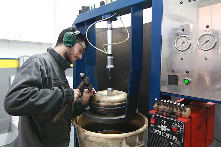 reparacion convertidor caja automatica