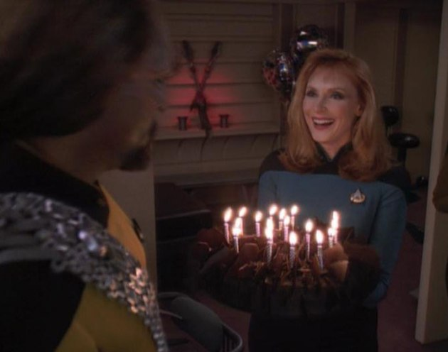 worf-crusher-cake