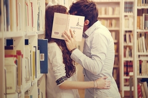 youme-engagementbookkiss