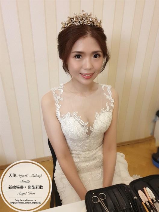 新娘造型 / 白紗造型 / 布拉格婚紗 / 新娘秘書 / 推薦新秘 / 台北新秘 / 海外婚紗 / 新娘髮型