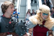 'How to Train Your Dragon' cosplayers chat with a young fan.