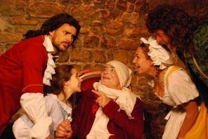 Argan, le malade (Pierre-François Kettler) accepte que sa fille épouse un médecin