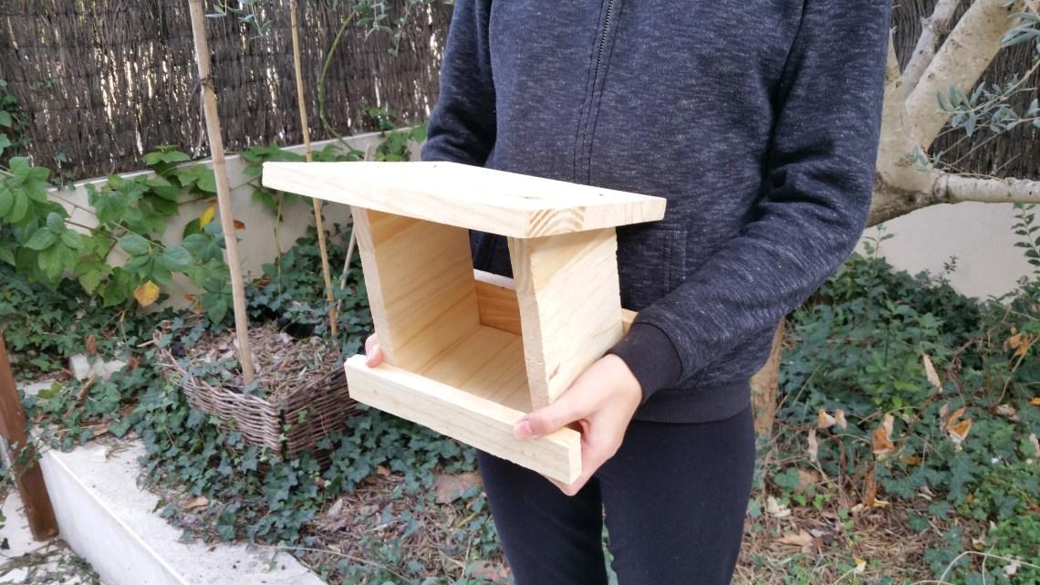 Fabriquez une mangeoire pour les oiseaux pour moins de 5 euros.