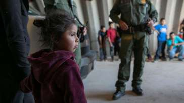 Lawyers Can't Find Parents of 545 Kids Separated by Trump's Immigration Policies 15