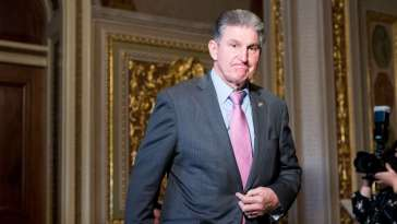 Joe Manchin, Worth $7.6 Million, Wants to Cut Unemployment Checks by $100 a Week 17