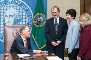 Pictured left to right: Gov. Jay Inslee, Dennis Small, Educational Technology Director, Office of Superintendent of Public Instruction, Marilyn Cohen, NW Center for Media Literacy, College of Education, UW and Barbara Johnson, Action for Media Education.