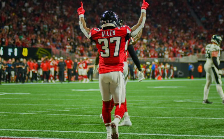 Atlanta Falcons defeated the Philadelphia Eagles in dramatic fashion 24-20 #NFL, #dirtybirds, #falcons, #inbrotherhood, #atlantafalcons, #ATL, #ASN #nfc, #nfcsouth,