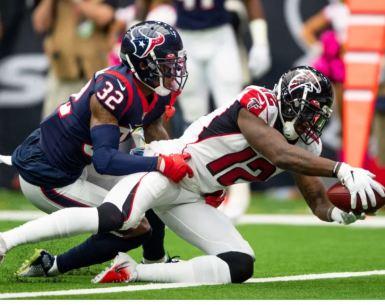 Mohamed Sanu stretches for the goal line versus the Houston Texans #NFL, #dirtybirds, #falcons, #inbrotherhood, #atlantafalcons, #ATL, #ASN #nfc, #nfcsouth