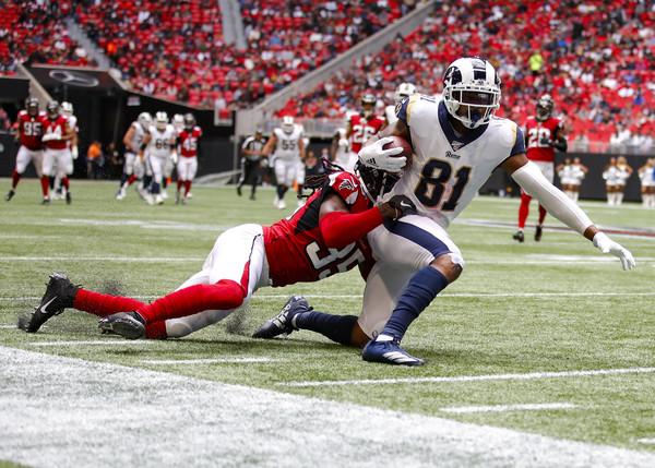 #Falcons, Jamal Carter makes a tackle versus the Rams