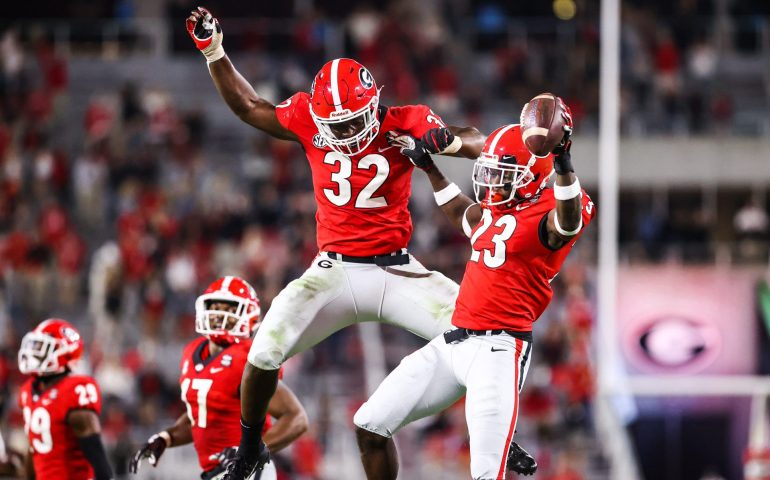 #uga, #Dawgs, Georgia Bulldogs wacks Auburn Tigers 27-6